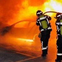 Πυρκαγια σε ΙΧ στη Δαφνη
